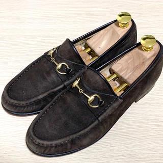 グッチ(Gucci)のGUCCI 37 ホースビットローファー スエード レディース ブラウン 茶色(ローファー/革靴)