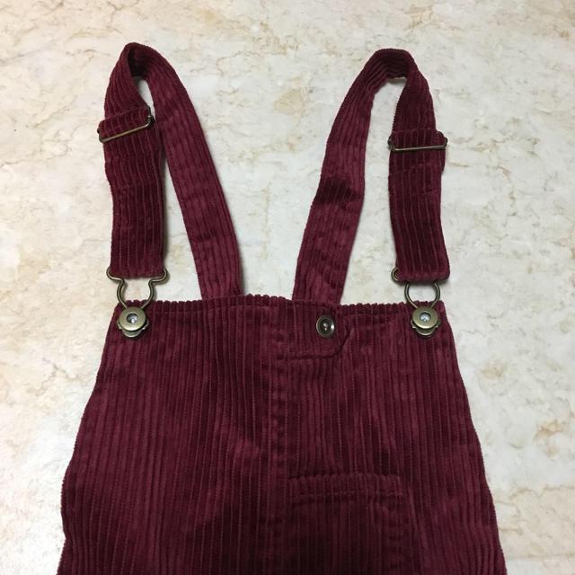 THE EMPORIUM(ジエンポリアム)の新品 ボルドー ジャンパースカート 値下げ レディースのスカート(その他)の商品写真