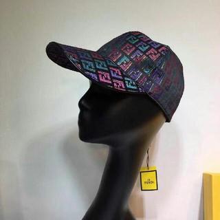 フェンディ(FENDI)のFENDI フェンディ キャップ帽子 (キャップ)