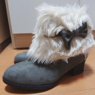 シマムラ(しまむら)のファーブーツ(ブーツ)