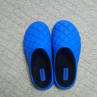 crocs - ボア付きサンダル