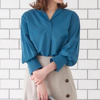 ルシェルブルー(LE CIEL BLEU)の【新品未使用】le ciel bleu スキッパーシャツ(シャツ/ブラウス(長袖/七分))