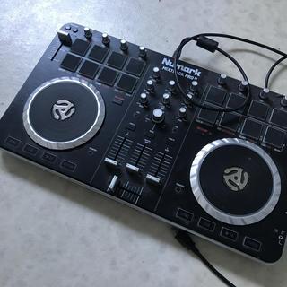 デジタルDJ.  Numark Mixtrack pro2