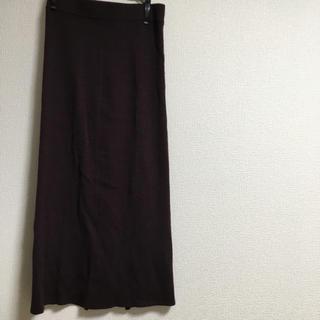 ユニクロ(UNIQLO)のニットリブスカート(ロングスカート)