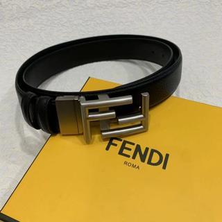 FENDI - FENDI FFロゴバックル レザーベルト