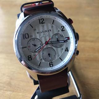 TOMMY HILFIGER - 新品✨トミー ヒルフィガー クオーツ メンズ 腕時計 1791188 ホワイト