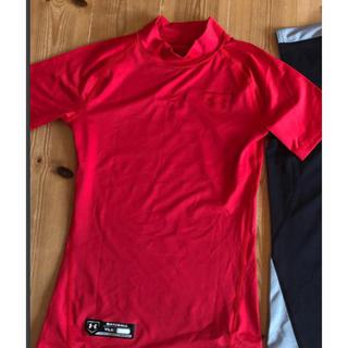 UNDER ARMOUR - アンダーアーマー アンダーシャツ 赤半袖