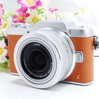 Panasonic - 【人気色!】WiFiスマホ 自撮り LUMIX GF7 カメラ女子
