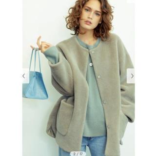 ミラオーウェン(Mila Owen)のMila Owen / ミラ オーウェン ノーカラーシャツカーブボアジャケット(ノーカラージャケット)
