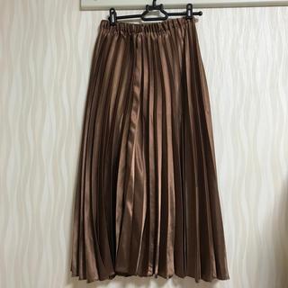 LOWRYS FARM - サテンプリーツスカート ブラウン