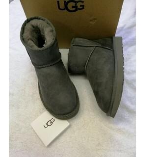 UGG - 正規品UGG アグ クラッシックミニ UK7 (24.0cm) グレー