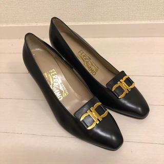 Salvatore Ferragamo - フェラガモ サルヴァトーレフェラガモ ガンチーニ  パンプス 冠婚葬祭 靴 美品