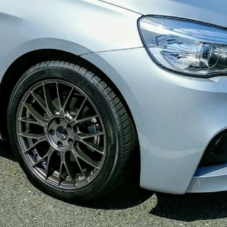 ビーエムダブリュー(BMW)のBMW2シリーズ タイヤホイールセット(タイヤ・ホイールセット)