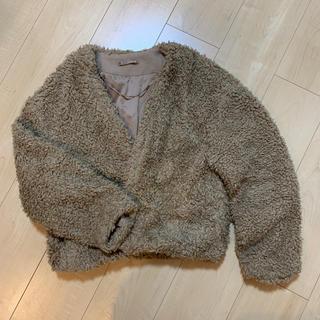ジーユー(GU)のgu もこもこジャケット(毛皮/ファーコート)