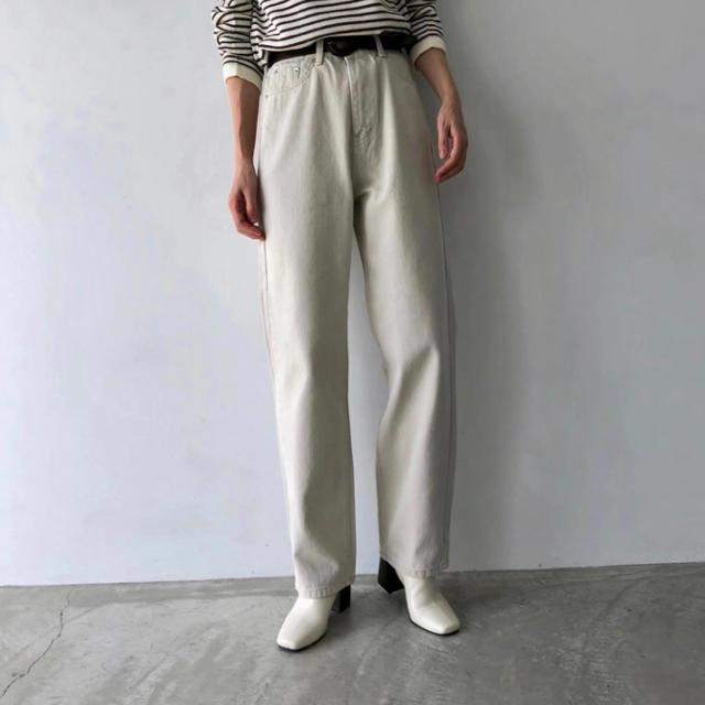 willfully デニムパンツ レディースのパンツ(デニム/ジーンズ)の商品写真