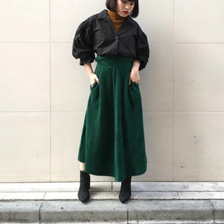 SLY - SLY/試着のみ/ベロアフレアスカート/黒