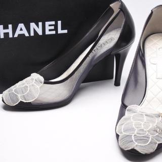 シャネル(CHANEL)のCHANELシャネル パンプス カメリア レザー シルク ブラック  靴(ハイヒール/パンプス)