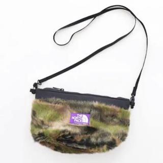 ザノースフェイス(THE NORTH FACE)の追加出品 パープルレーベル Camouflage Fur Field Pouch(ショルダーバッグ)