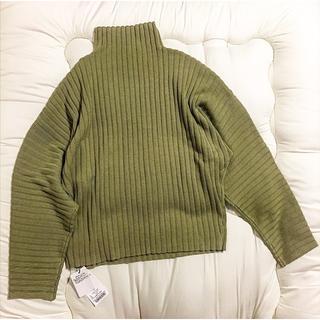 マウジー(moussy)の新品タグ付き MOUSSY HI NECK RIB セーター(ニット/セーター)