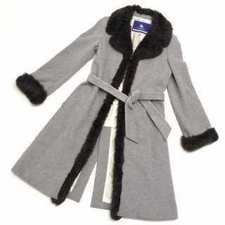 バーバリー(BURBERRY)の美品 バーバリーブルーレーベル ベルト付き ファーウール ロング コート(毛皮/ファーコート)