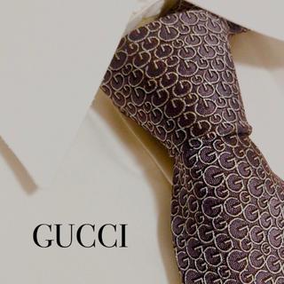 Gucci - 美品 GUCCI グッチ ネクタイ 高級 シルク G柄 総柄 パープル 規則模様