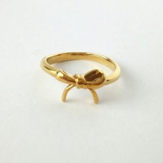 k18 リボン リング 指輪 18金 イエローゴールド ピンキーリング(リング(指輪))