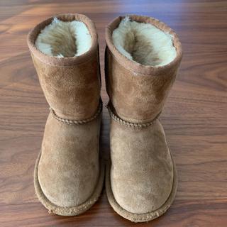 アグ(UGG)のUGG 15センチ定番 キッズ ムートンブーツ(ブーツ)