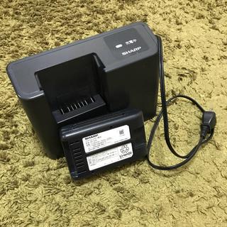 シャープ(SHARP)のシャープ リチウムイオン電池充電器(バッテリー/充電器)