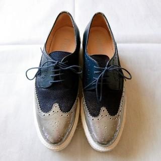 ユナイテッドアローズ(UNITED ARROWS)の美品 pertini 濃紺 シルバー ツートーン ウイングチップ 38(ローファー/革靴)