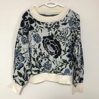 ジーユー(GU)のGU 花柄セーター XLサイズ(ニット/セーター)