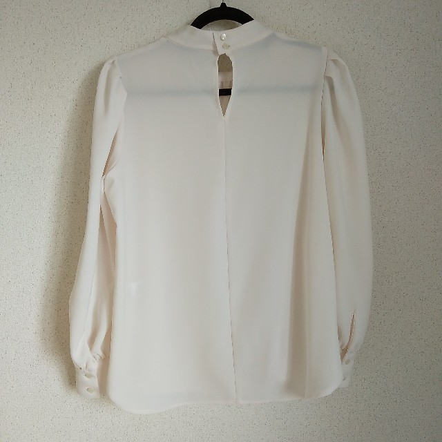 GU(ジーユー)のGU ブラウス レディースのトップス(シャツ/ブラウス(長袖/七分))の商品写真