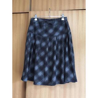 【新品】フレアスカート チェック ブラック グレー(ひざ丈スカート)