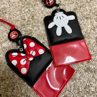 ディズニー(Disney)のパスポートケース ミニー ミッキー(キャラクターグッズ)