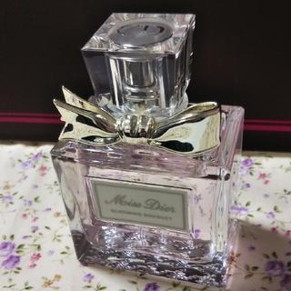 クリスチャンディオール(Christian Dior)のブルーミングブーケ 50ミリ(香水(女性用))