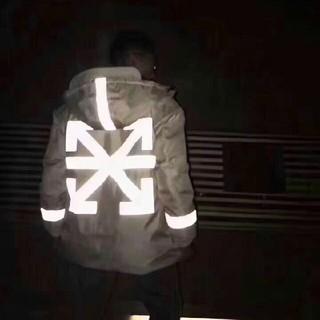 オフホワイト(OFF-WHITE)のOFF-WHITE x MONCLE R ダウンジャケット (ダウンジャケット)