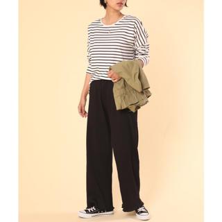ロキエ(Lochie)の裾 フリル リブパンツ カジュアルパンツ ブラック  Mサイズ 送料込み(カジュアルパンツ)
