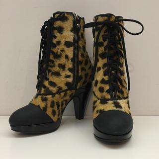 ヴィヴィアンウエストウッド(Vivienne Westwood)のVIVIENNE WESTWOOD レオパード レースアップ ショートブーツ(ブーツ)
