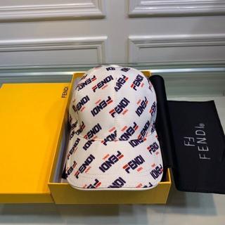 フェンディ(FENDI)のキャップ 男女兼用 帽子 フェンディ ファッション 2つ色(キャップ)