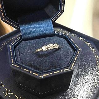 スタージュエリー(STAR JEWELRY)のstarjewelry PT950 0.12ct ダイヤ3粒リング(リング(指輪))