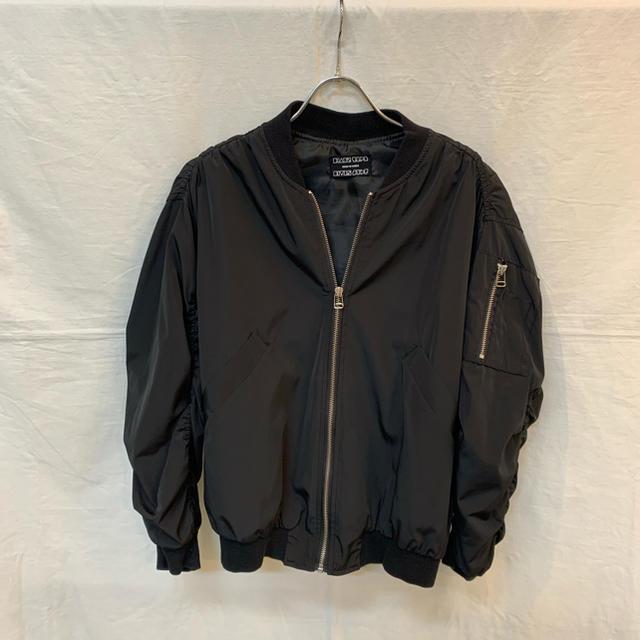 ROSE BUD(ローズバッド)のPauline Bleu ポリーヌブロー ビッグMA-1ブルゾン ブラック 美品 レディースのジャケット/アウター(ブルゾン)の商品写真