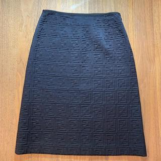 FENDI - フェンディ ズッカ柄スカート (ブラック)