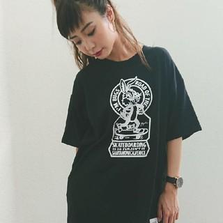GYDA - GYDA SK8BUNNY BIG Tシャツ