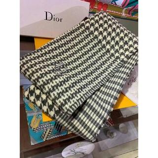 ディオール(Dior)のファッション小物 冬 暖かい DIOR マフラー 50*200CM(マフラー/ショール)