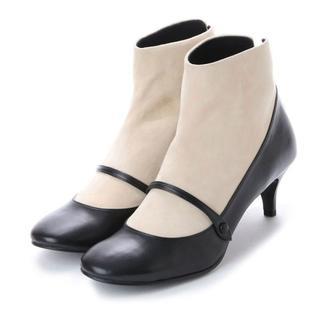 新品アンデコール異素材ショートブーツ24㎝ソックスブーツ(ブーツ)