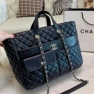 CHANEL - 【美品】手提げ袋クロスボディバッグ