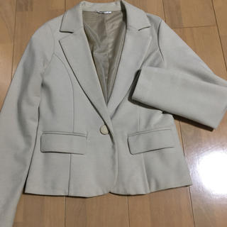 ナチュラルビューティーベーシック(NATURAL BEAUTY BASIC)のジャケット 薄 ベージュ シンプル(テーラードジャケット)