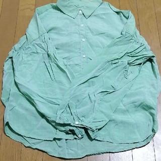ニコアンド(niko and...)のniko and ...グリーンシャツ(シャツ/ブラウス(長袖/七分))