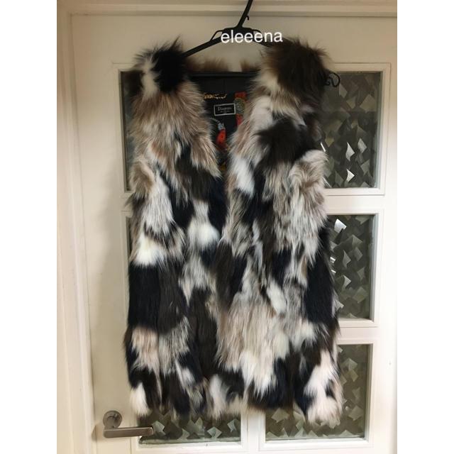 GRACE CONTINENTAL(グレースコンチネンタル)のグレース✨新品♡マルチフォックスファーベスト❤️ レディースのジャケット/アウター(毛皮/ファーコート)の商品写真