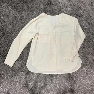 GU - GU ブラウス シャツ  ノーカラー 白 【送料込み】オーバーサイズ