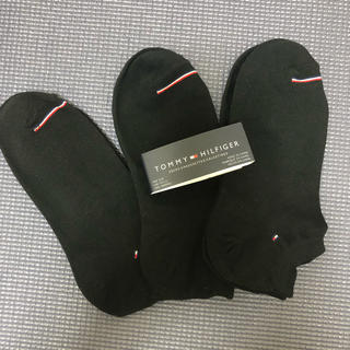 TOMMY HILFIGER - 新品  トミー ヒルフィガー  靴下 23.5-25 ブラック 3足